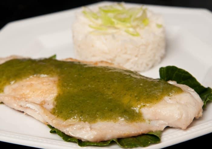 pescado en salsa verde facil