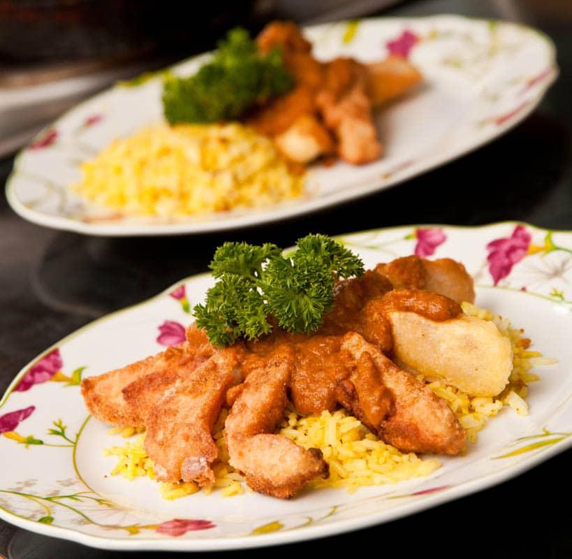 dedos de pescado rebozado al curry