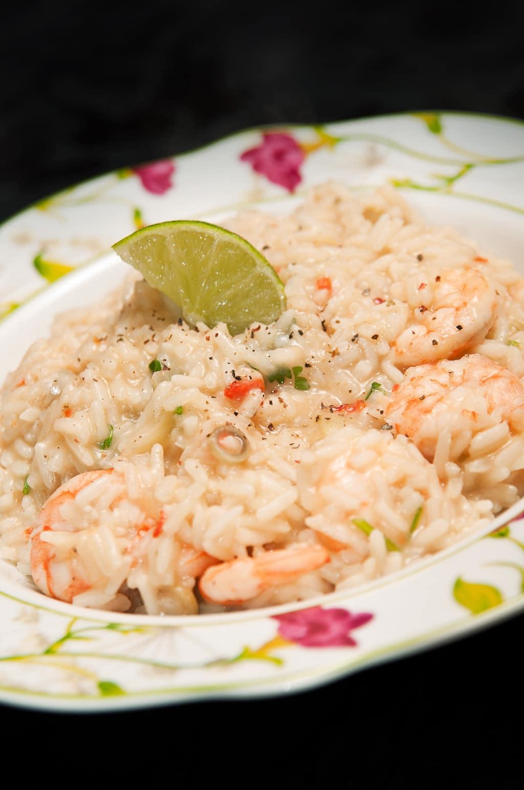 arroz con camarones y leche de coco