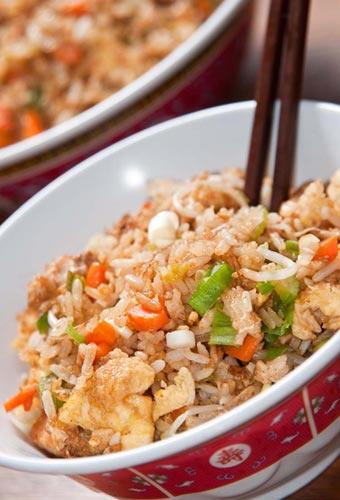 Como hacer arroz chino receta para principiantes - Como hacer pimientos verdes fritos ...