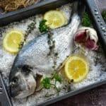 bandeja de pescado para recetas de semana santa