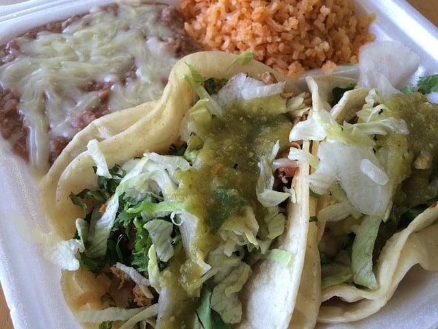 tacos tomatillo sauce