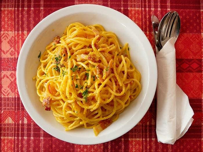 receta espaguetis a la carbonara