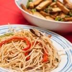 Receta de tallarines con vegetales al wok