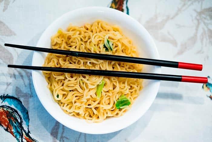 palillos chinos comida china
