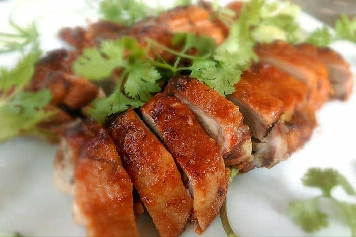 pato asado comida china