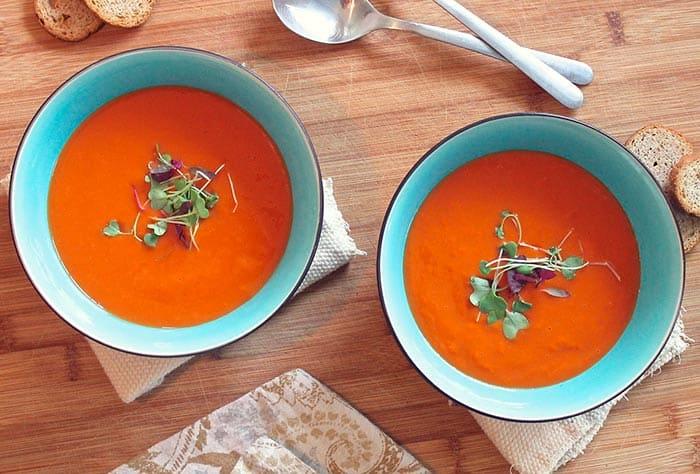 como hacer sopa de tomate casera