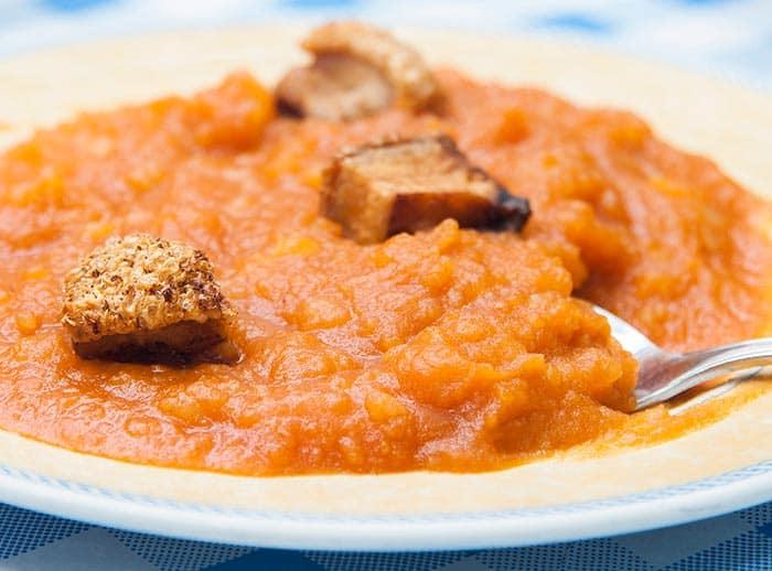 receta patatas revolconas