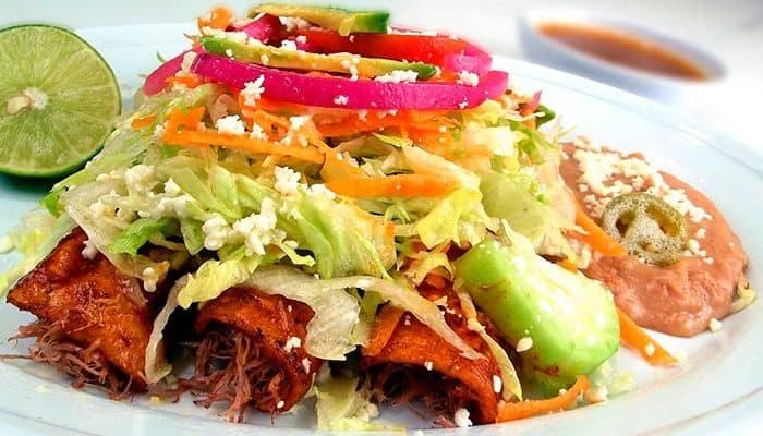 Cómo hacer enchiladas mexicanas