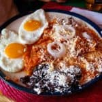 Receta de chilaquiles mexicanos
