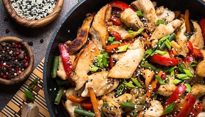 Wok de pollo en menos de 10 minutos – Receta