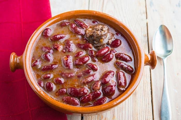 olla podrida ou marmite pourrie, recette de cuisine espagnole typique