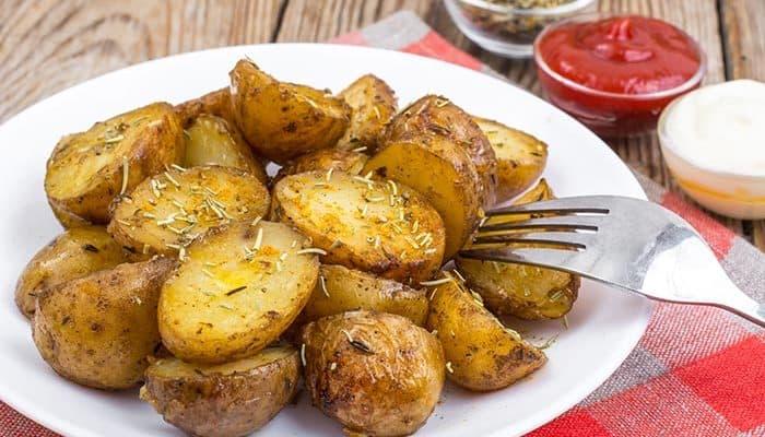 Receta de patatas al horno caseras, muy fáciles