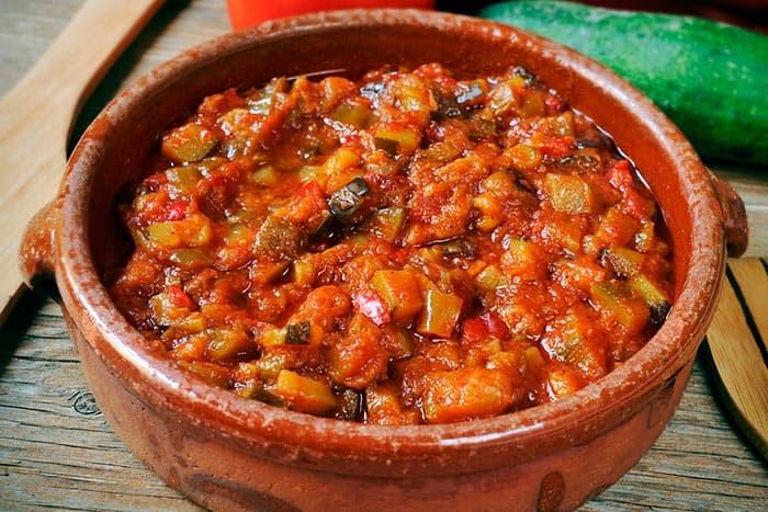 pisto manchego, recette typique de cuisine espagnole