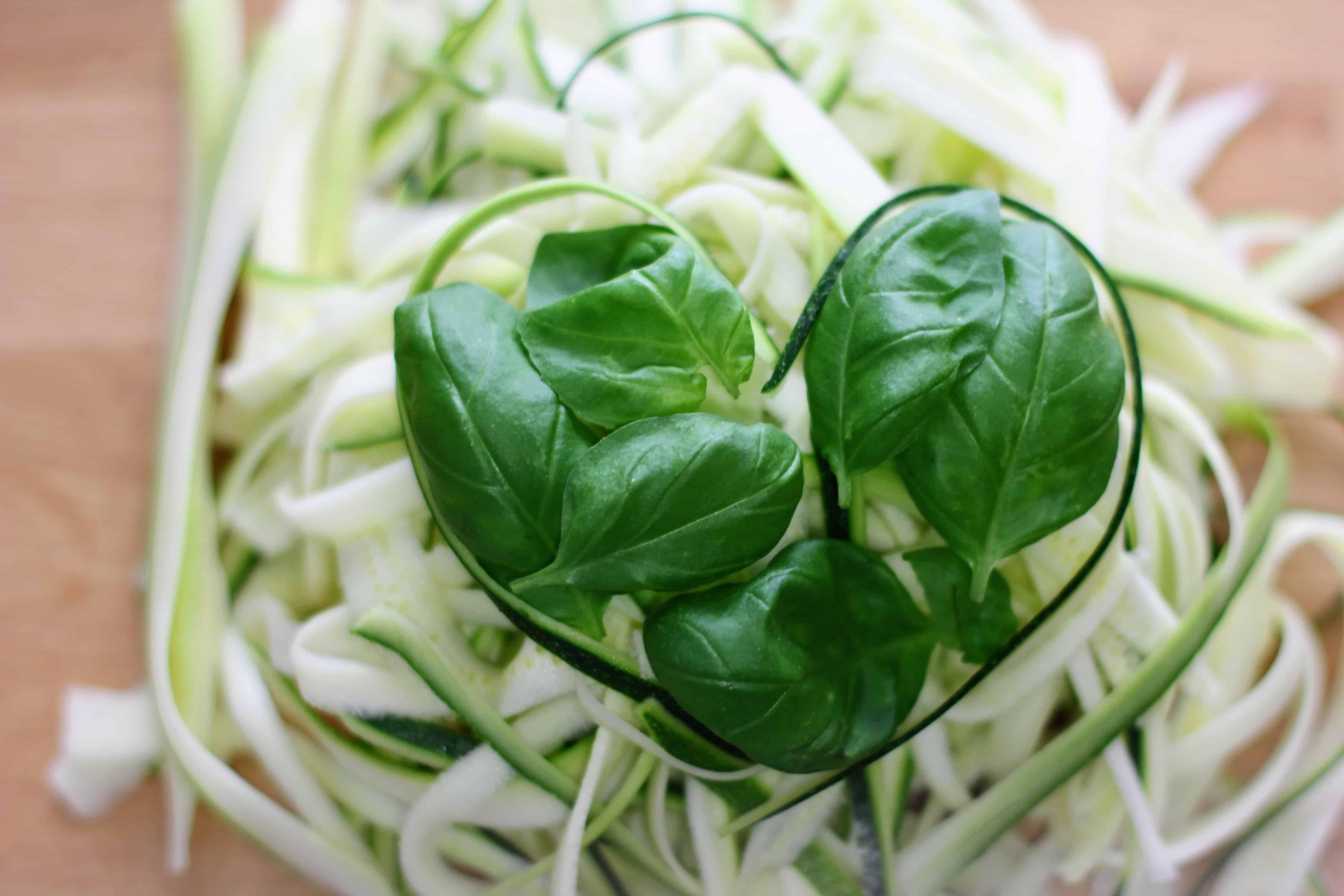 plato con espaguetis de calabacin