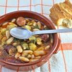 plato de pote asturiano o pote de berzas