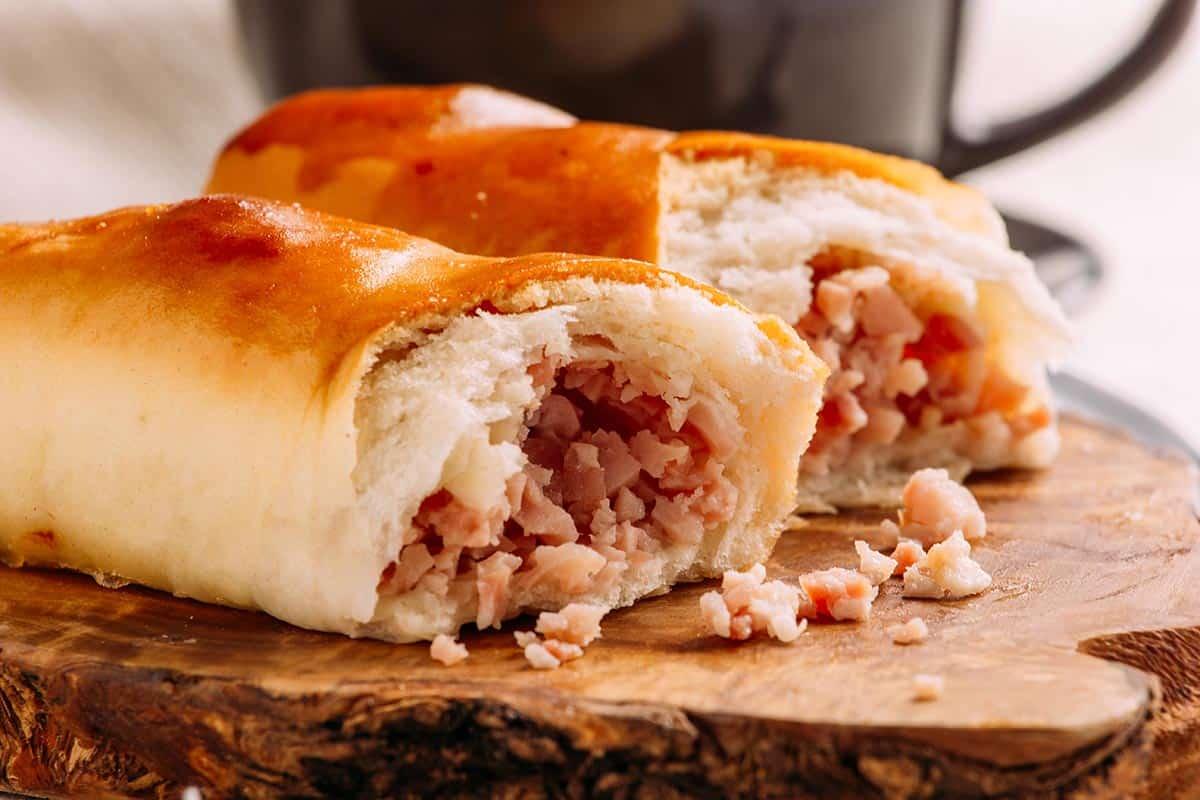 cachitos rellenos de jamón venezolanos