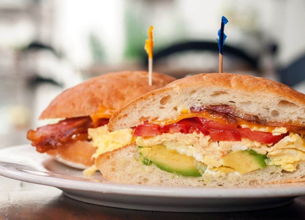 sandwich de huevo casero
