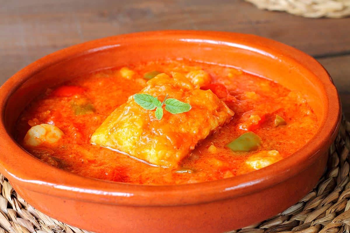 cazuela de pescado con salsa americana
